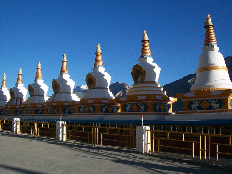 Stupa in Kaza