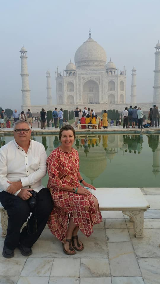 Tracy & Neil Taj Mahal (1)